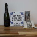 Flocs-cava-make-that-the-cat-wise-boek-sakkie-vol-sfeer-kerstpakket-GÖTT'S