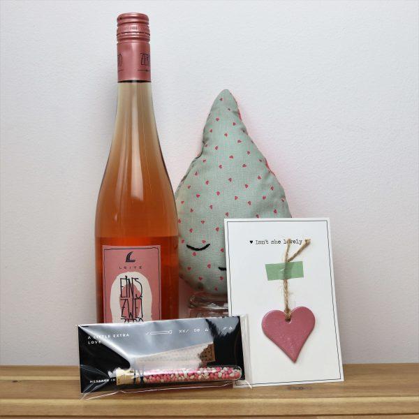 Kraampakket-druppel-meisje-wijn-GÖTT'S