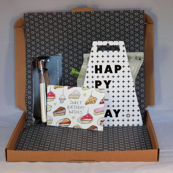 muffin_muffinmix_taartje_verjaardag_thee_verrassing_cadeau_verjaardagscadeau_brievenbuspost_giftsbygötts